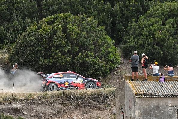 Rally, in Sardegna si riaccende la stella di Sordo