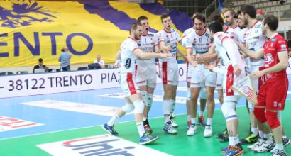 Volley, playoff SuperLega: Trento soffre ma va in semifinale