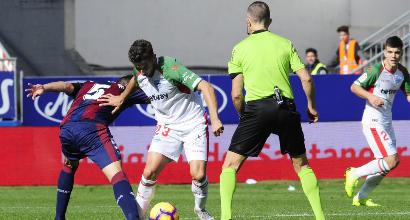 Liga: Alavés ko nel derby, solo pari per il Siviglia