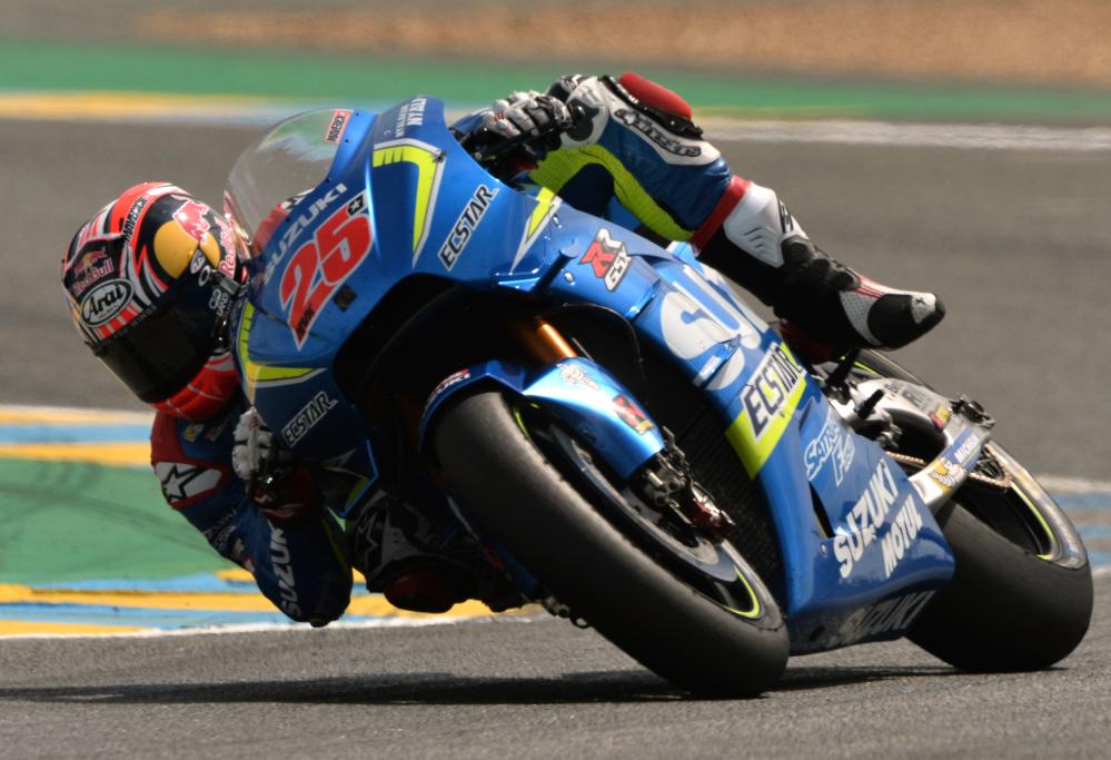 MotoGP, Lorenzo fuga per la vittoria