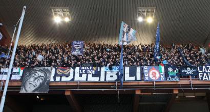 Lazio nel mirino della Uefa: inchiesta per comportamenti razzisti dei tifosi