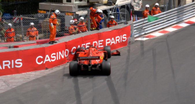 F1 Monaco, Vettel contro le barriere nelle Libere 3