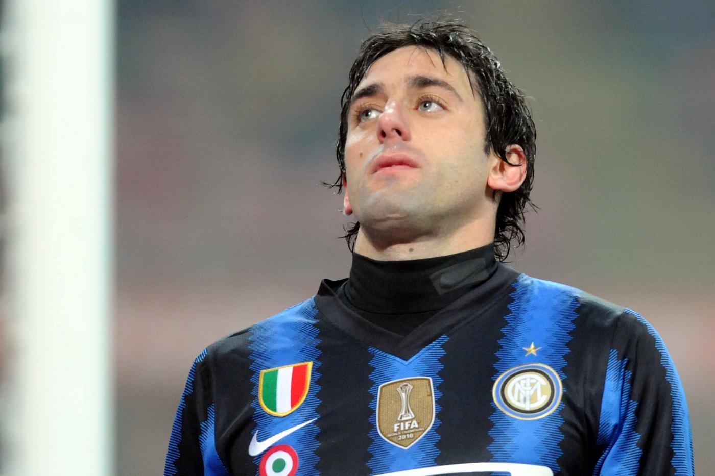 Diego Milito assomiglia un ex calciatore uruguaiano...