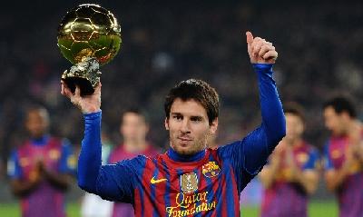 Messi, tre passi nella leggenda