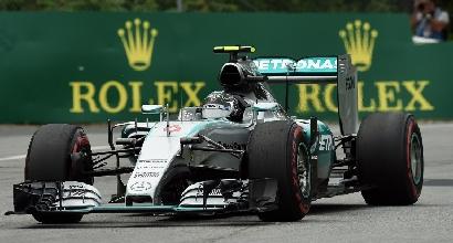 F1, GP Austria: è subito Mercedes show, guaio Vettel