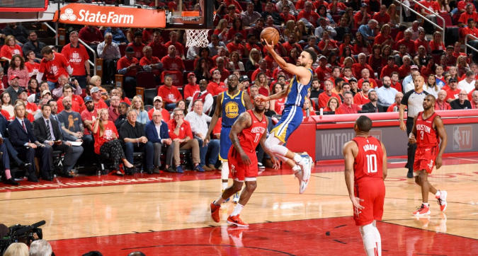 Nba, playoff: Golden State sbanca Houston senza Durant e vola in finale di Conference