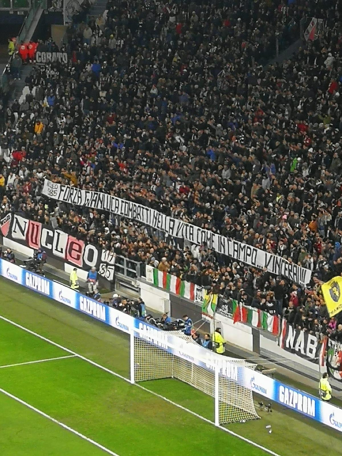 Juve-Valencia, striscione per Vialli allo Stadium