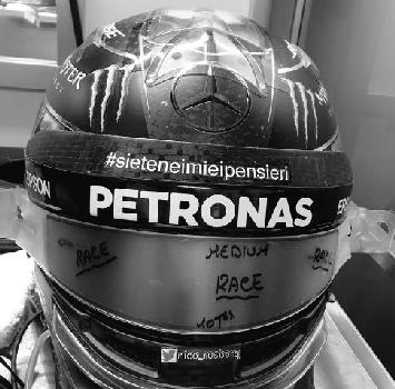 F1: Rosberg, casco pro-terremotati