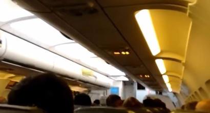 Argentina, si spengono le luci dell'aereo: il Belgrano non parte