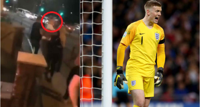 Everton, rissa in un pub per Pickford: trascinato via a forza
