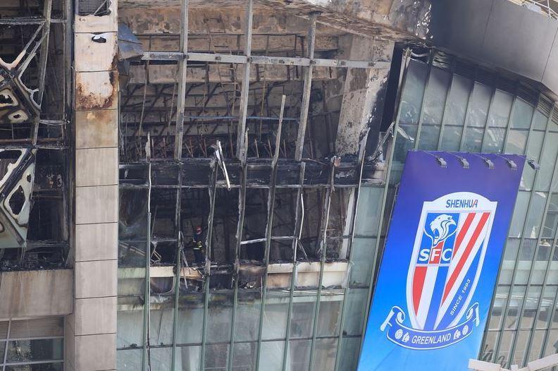 Shanghai Shenhua, stadio in fiamme