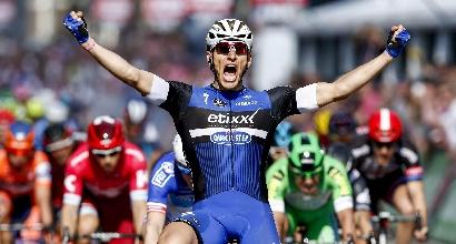 Giro 2016, 2a tappa: Kittel imperiale, urrà in volata