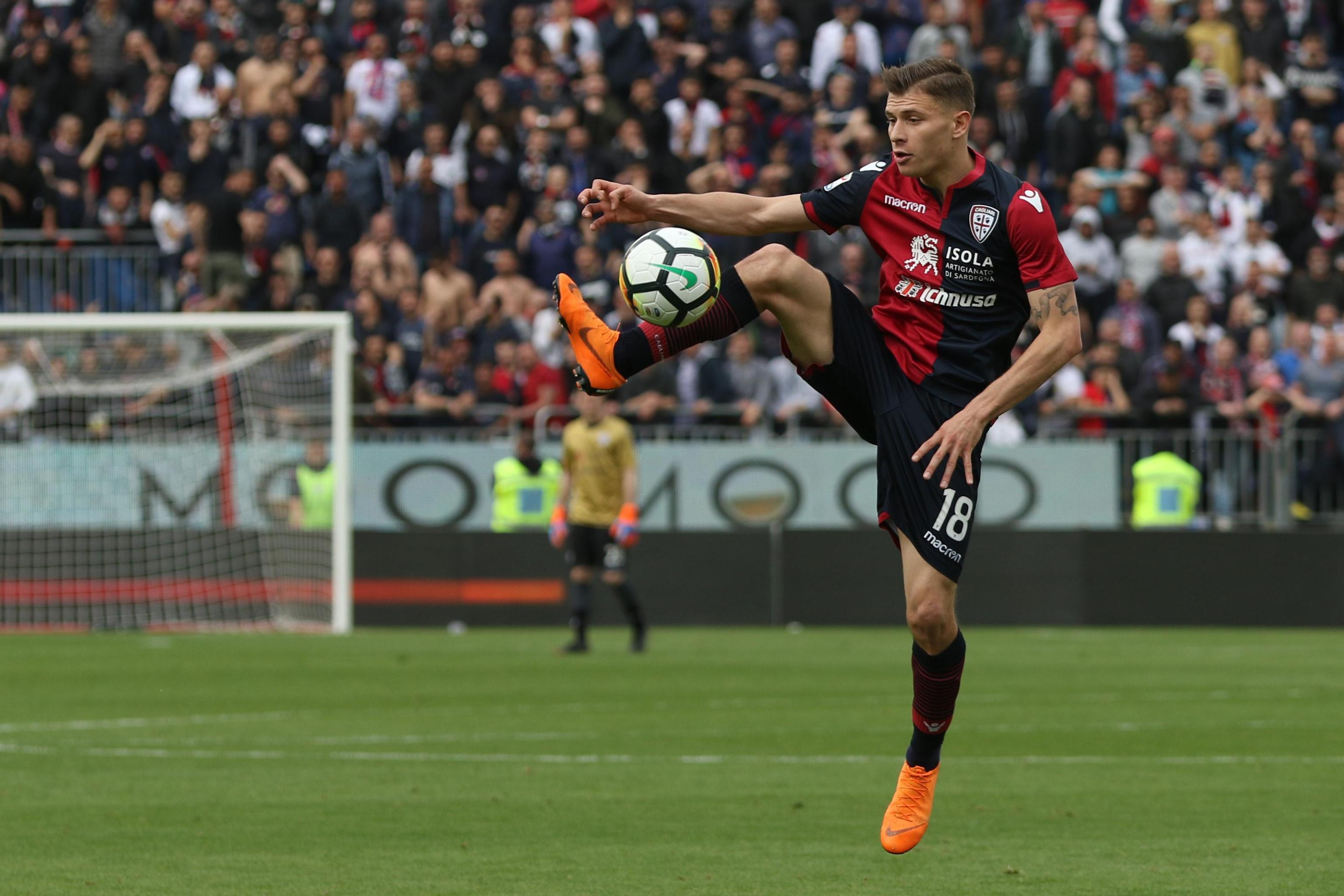 Barella (Cagliari)  - 35 milioni: sul centrocampista del Cagliari c'è l'Inter in vantaggio. Il ds Ausilio ha incontrato gli agenti per iniziare la trattativa
