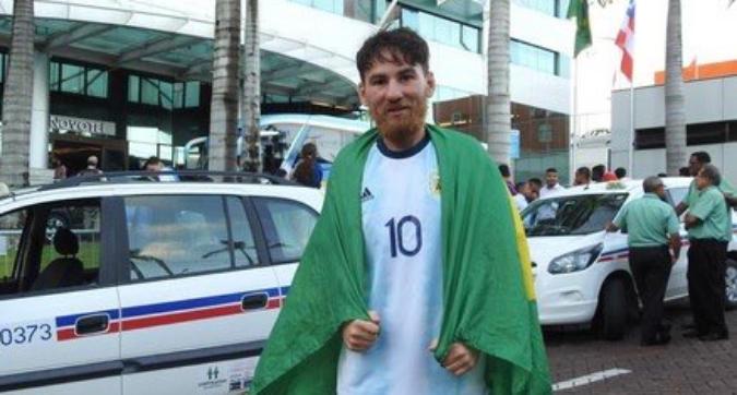COPA AMERICA_OLTRE IL TIFO|Il sosia di Messi insegue Leo