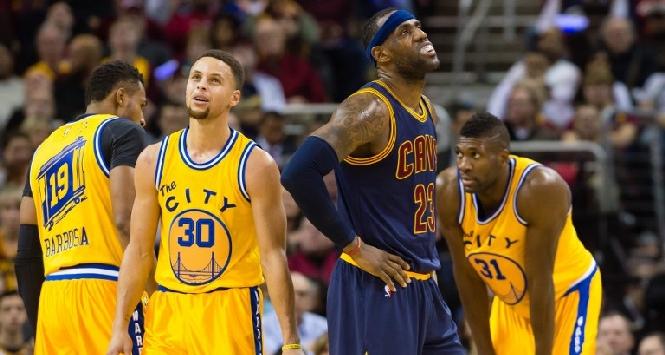 Nba, è ancora Steph Curry contro LeBron James