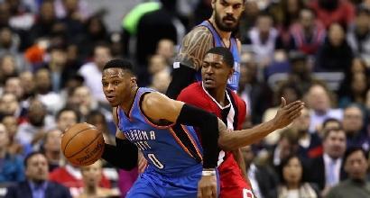 Basket, Nba: Westbrook è nella storia, Belinelli trascina gli Hornets