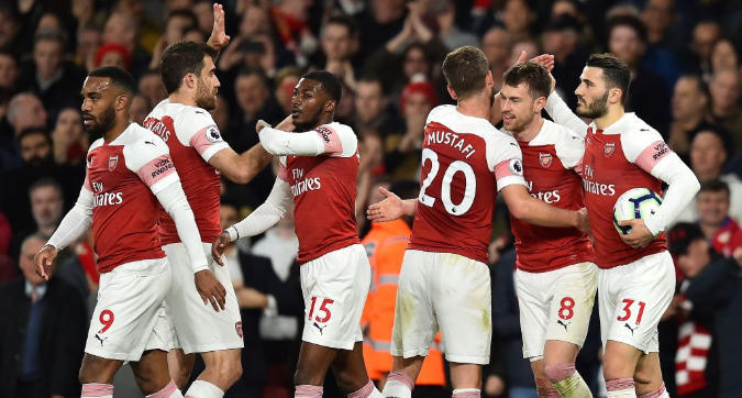 Premier League: l'Arsenal avverte il Napoli, 2-0 al Newcastle e 3° posto