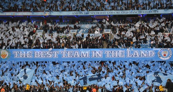 I giocatori pagano la trasferta ai tifosi: cuore d'oro in casa Manchester City