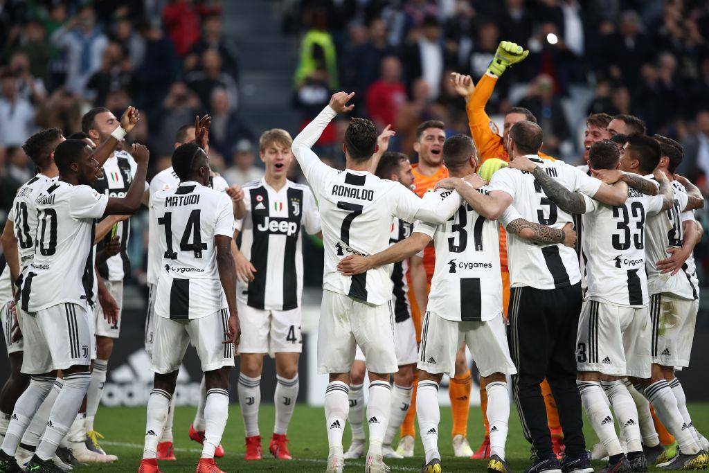 Juventus 87 punti (+2 rispetto a 2017/18)