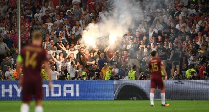 """L'Uefa, squalifica sospesa per la Russia: """"Con altre violenze, fuori dall'Europeo"""""""