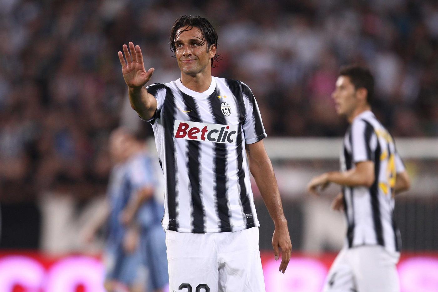Luca Toni, arrivato alla Juve nel 2011 e trasferitosi all'Al Nasr di Dubai nel 2012 a costo zero.