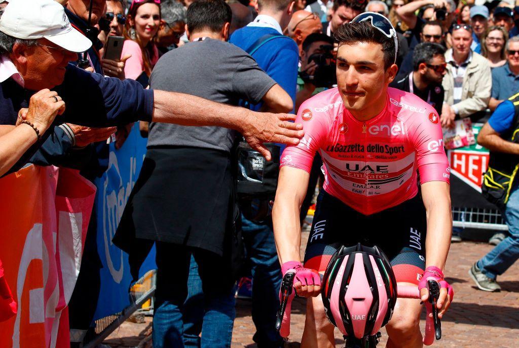 Giro d'Italia 2019: Ewan trionfa in volata davanti a Démare