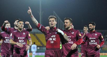 Serie B: Livorno da battaglia al Picchi, Benevento battuto 2-0