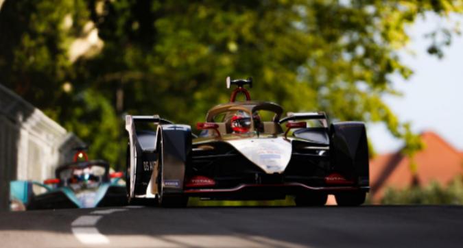 Formula E, a Berna trionfa Vergne