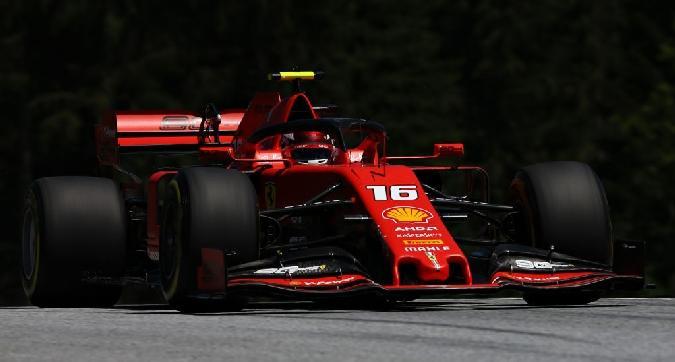 F1, Leclerc svetta nelle libere