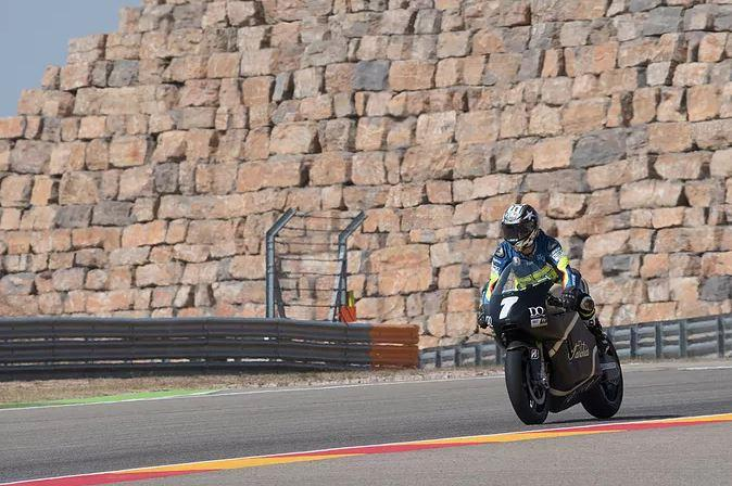 MotoGP, Capirossi in pista con la Saroléa elettrica