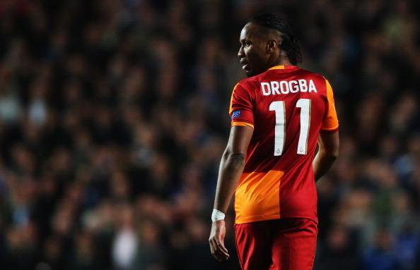 Nel gennaio del 2013 ritorna in Europa, questa volta nel campionato turco: lo ingaggia il Galatasaray, 53 partite e 20 gol in una stagione e mezza