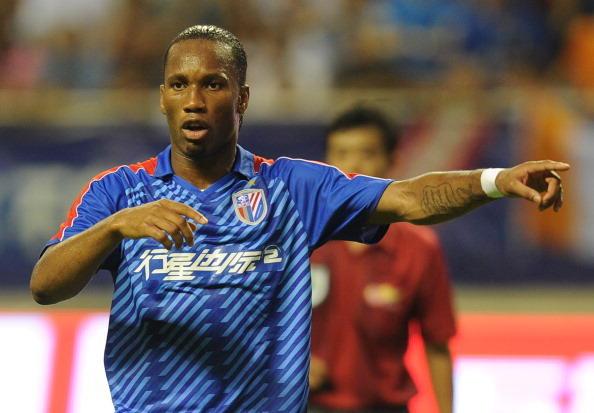 Dopo il Chelsea breve esperienza in Cina, allo Shanghai Shenhua dove lascia comunque il segno: 11 reti in 17 presenze in campionato