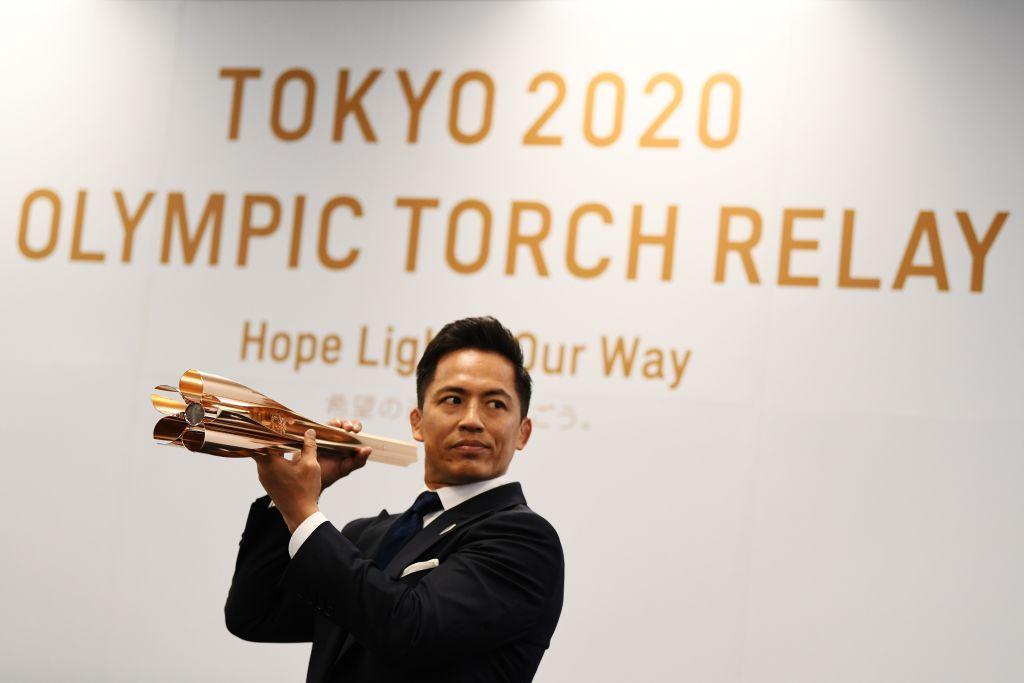 Un ciliegio in fiore: il Giappone ha scelto il suo simbolo per costruire la torcia olimpica che dal prossimo anno viaggerà per tutto il paese fino ad accendere il braciere di Tokyo 2020.