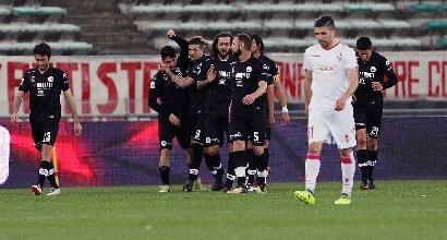 Serie B: il Bari riprende lo Spezia, vince il Carpi