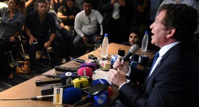 """Conmebol: """"Il Superclasico River-Boca si giocherà all'estero"""""""