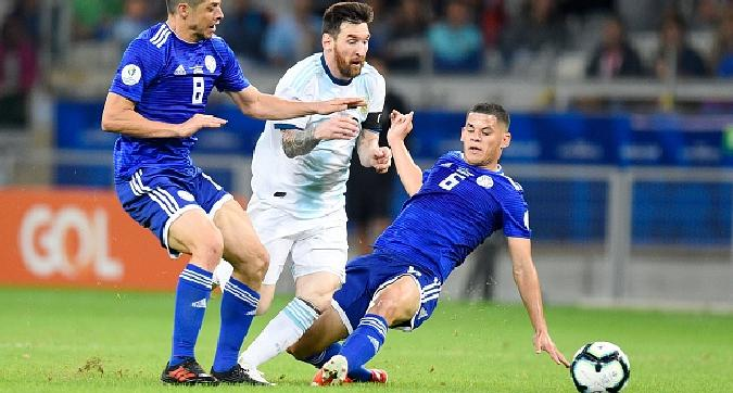 Copa America, solo pari Argentina