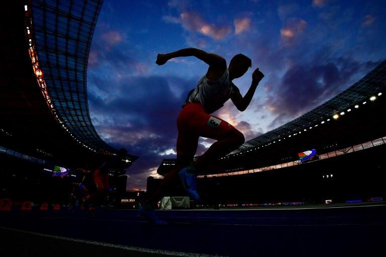 La partenza della finale degli 800 metri durante i Campionati Europei di Atletica a Berlino (11 agosto)
