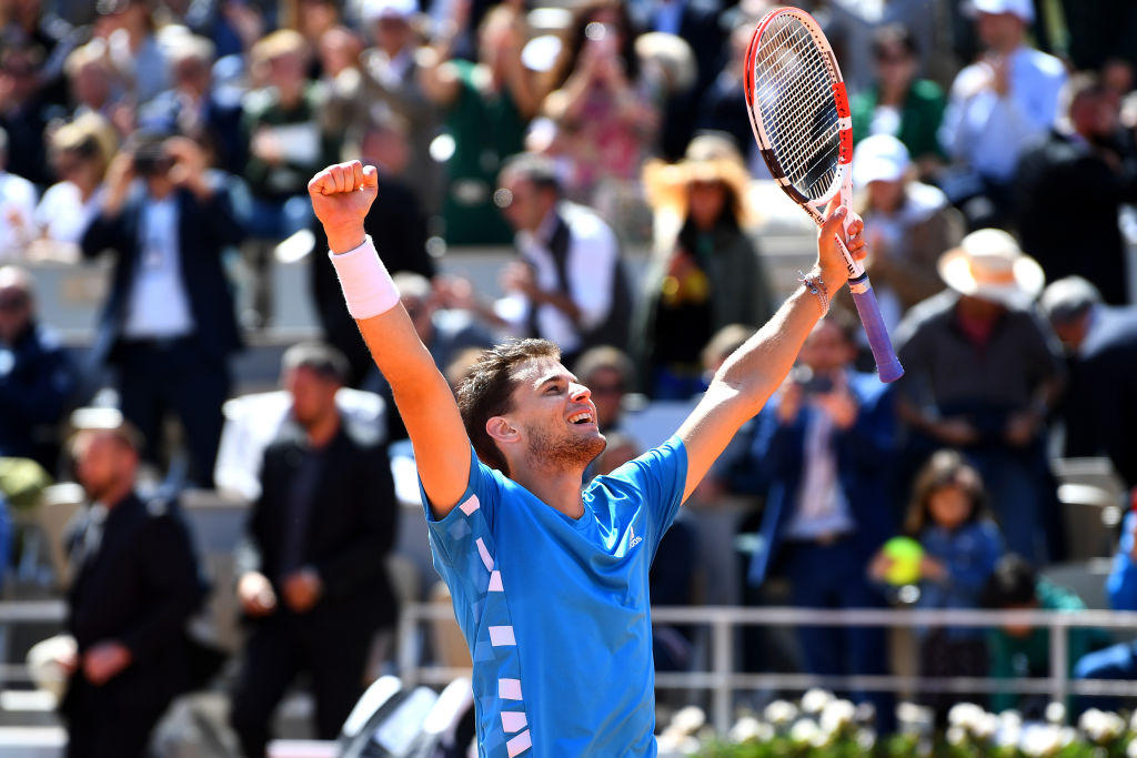 Tennis, Thiem batte Djokovic in due giorni: finale a Roland Garros