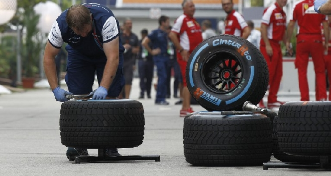 F1, Pirelli resta fornitore fino al 2019