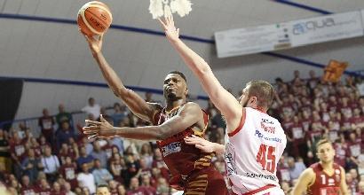 Basket, playoff Serie A: Venezia e Avellino volano sul 2-0