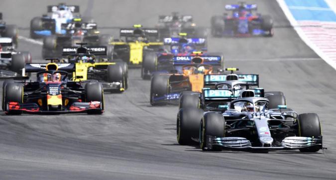 """""""Bambini, tutti in fila indiana!"""". Ma così si annichilisce la F1"""