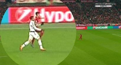 La moviola di Bayern-Juve: Eriksson è un disastro, bianconeri penalizzati