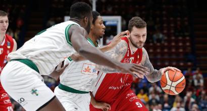 Basket, Serie A playoff: Milano pareggia i conti con Avellino, Sassari sul 2-0