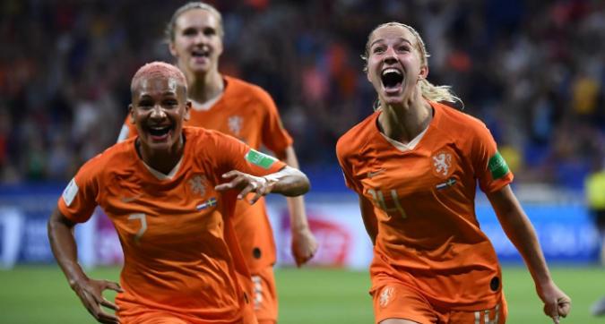 Mondiali femminili: Olanda in finale dopo i tempi supplementari