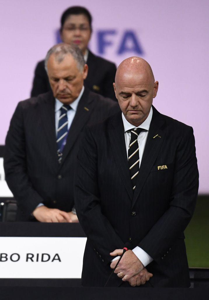 Momento di commozione durante il 69° congresso della Fifa: momento di raccoglimento per ricordare Lennart Johansson, storico presidente Uefa ma anche ...