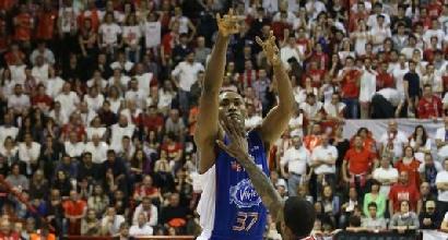 Basket, Serie A: Metta non basta, Pistoia piega Cantù