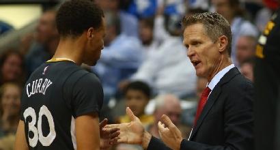 Nba: super Curry trascina i Warriors, Chicago rimonta Miami