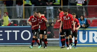 Serie B: Foggia-show, Parma bloccato