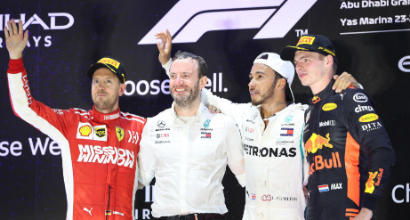 """F1 Abu Dhabi, Hamilton: """"Un onore lottare con Vettel"""""""