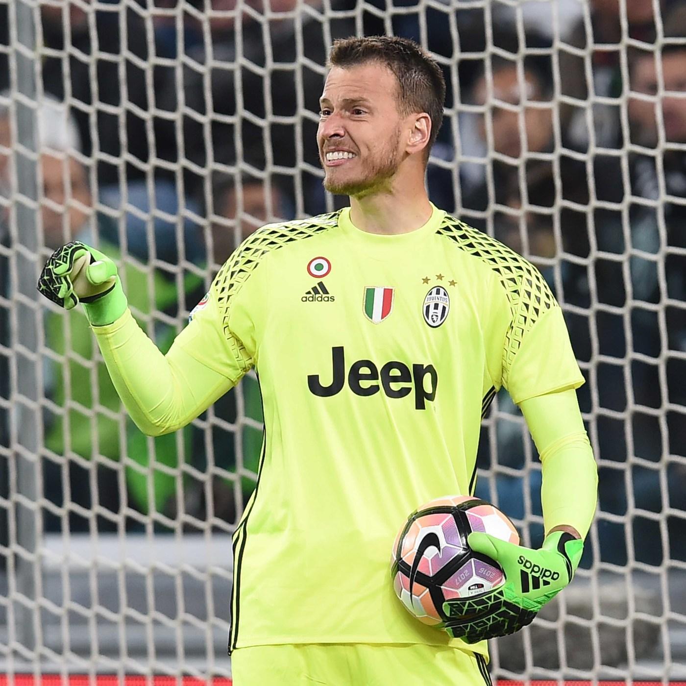 Neto, arrivato alla Juve nel 2015 e ceduto al Valencia nel 2017 in cambio di 6 milioni più bonus.
